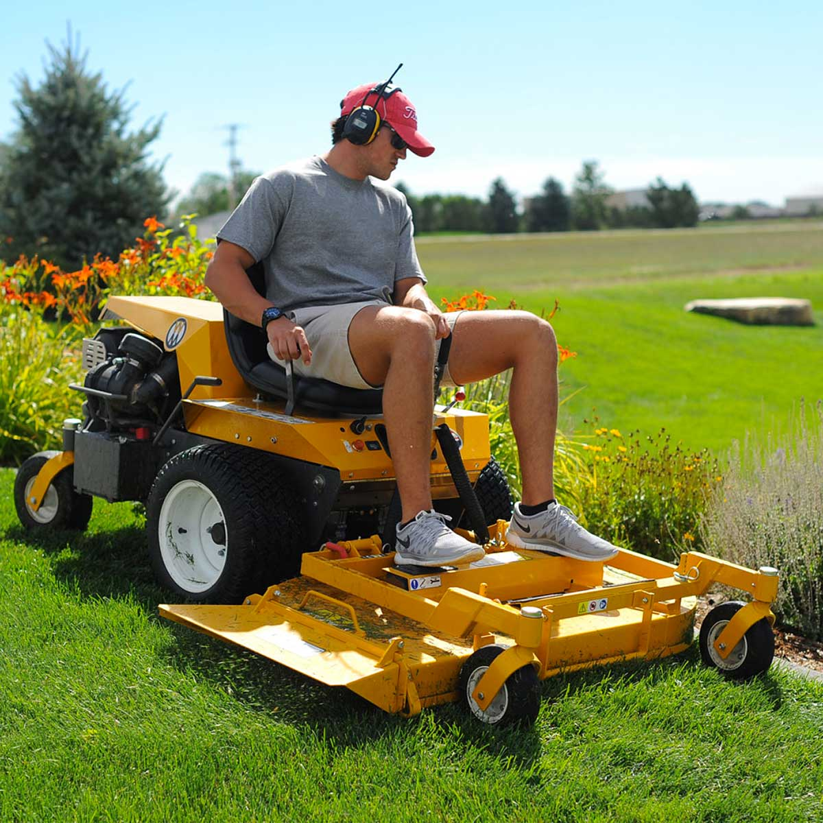 Walker MB on small sloping lawn