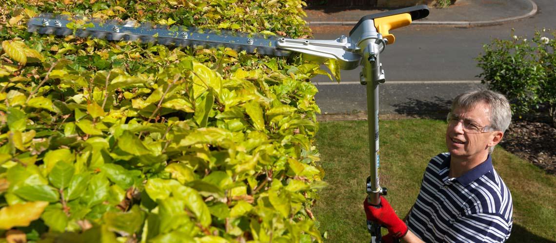The Honda VersAttach Hedge trimmer - long